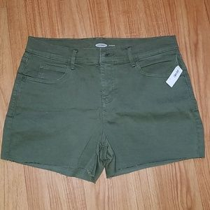 Old Navy short size 12